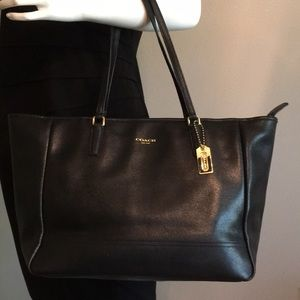 COACH EAST/WEST SAFFIANO LEATHER TOTE